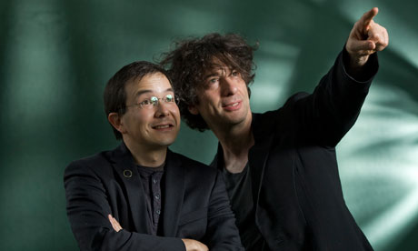 Gaiman and Tan.jpg